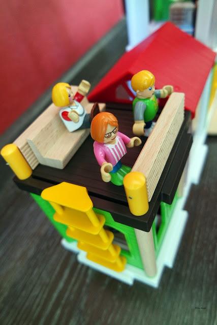 Produkttest und Gewinnspiel mit Brio Village World