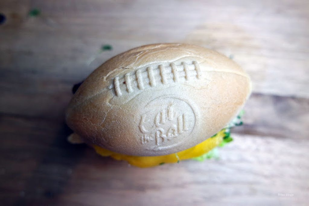 Eat the Ball Burger