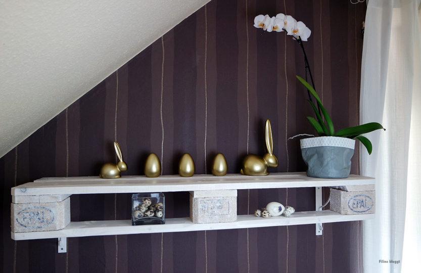 diy projekt eine holzpalette wird zum wandregal im shabby style. Black Bedroom Furniture Sets. Home Design Ideas
