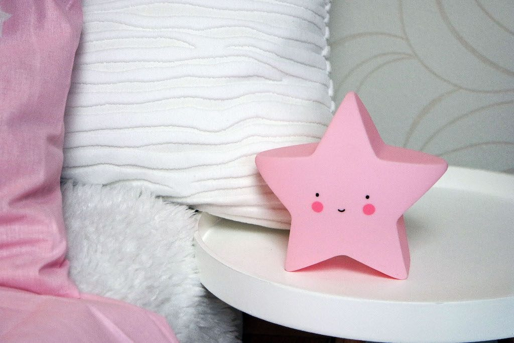 Laura Stern Kinderzimmerlampe rosa