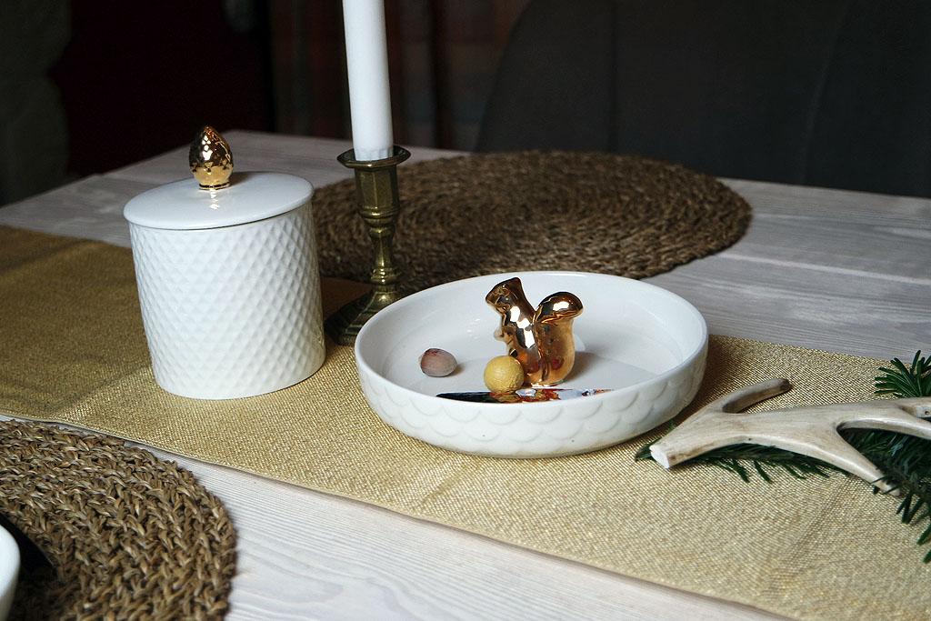 Sagaform Porzellan Winter mit Eichhörnchen