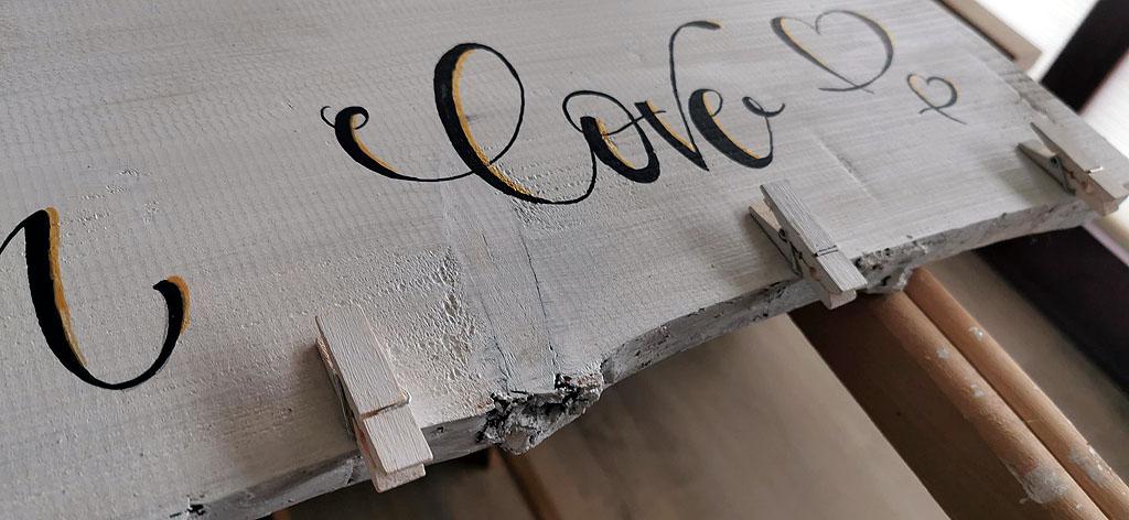 Klammern für die Bastelarbeiten auf Galerieboard