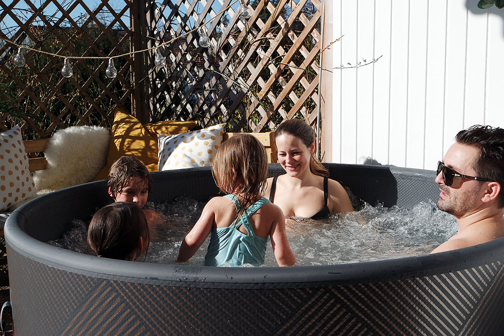 Familien Auszeit im Whirlpool