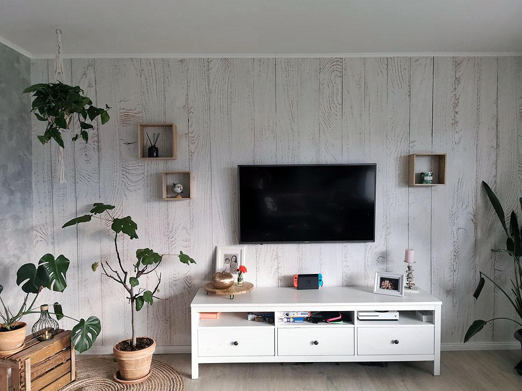 Fertige Wand mit Tapete von Photowall.de