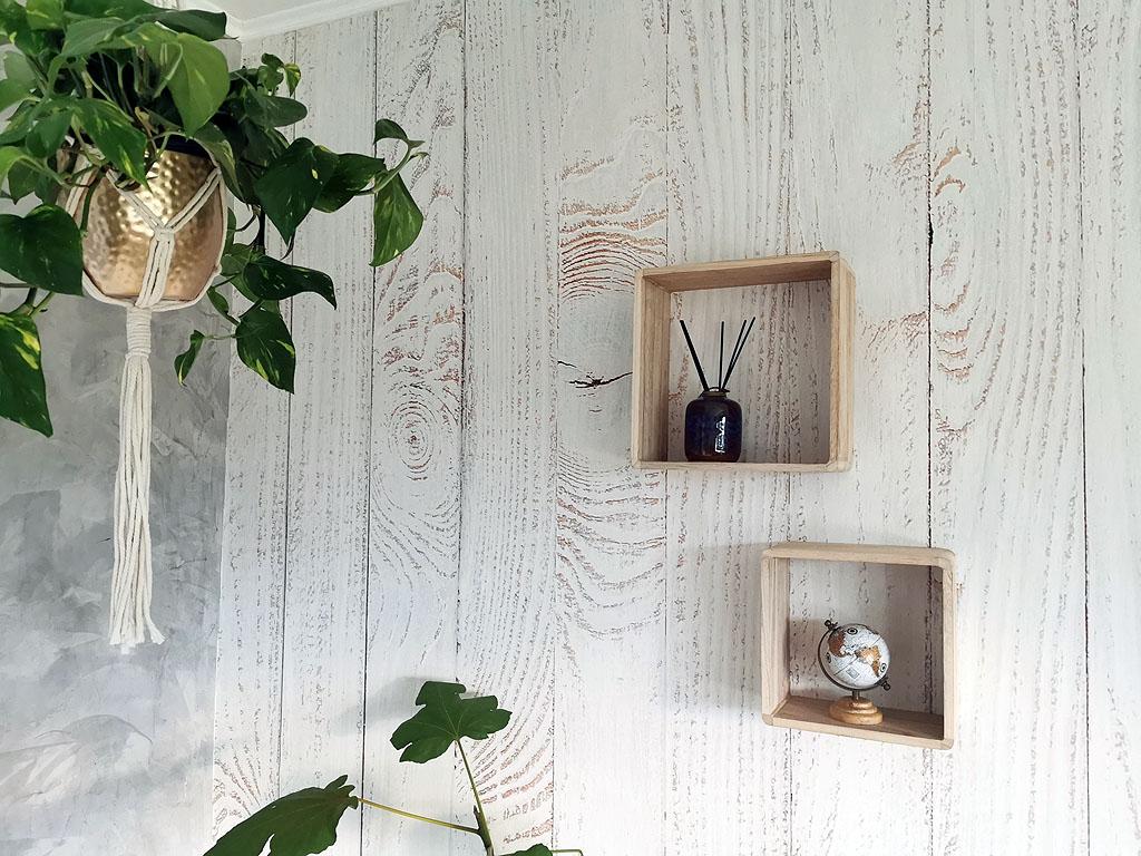 Wohnlichkeit durch Holztapete